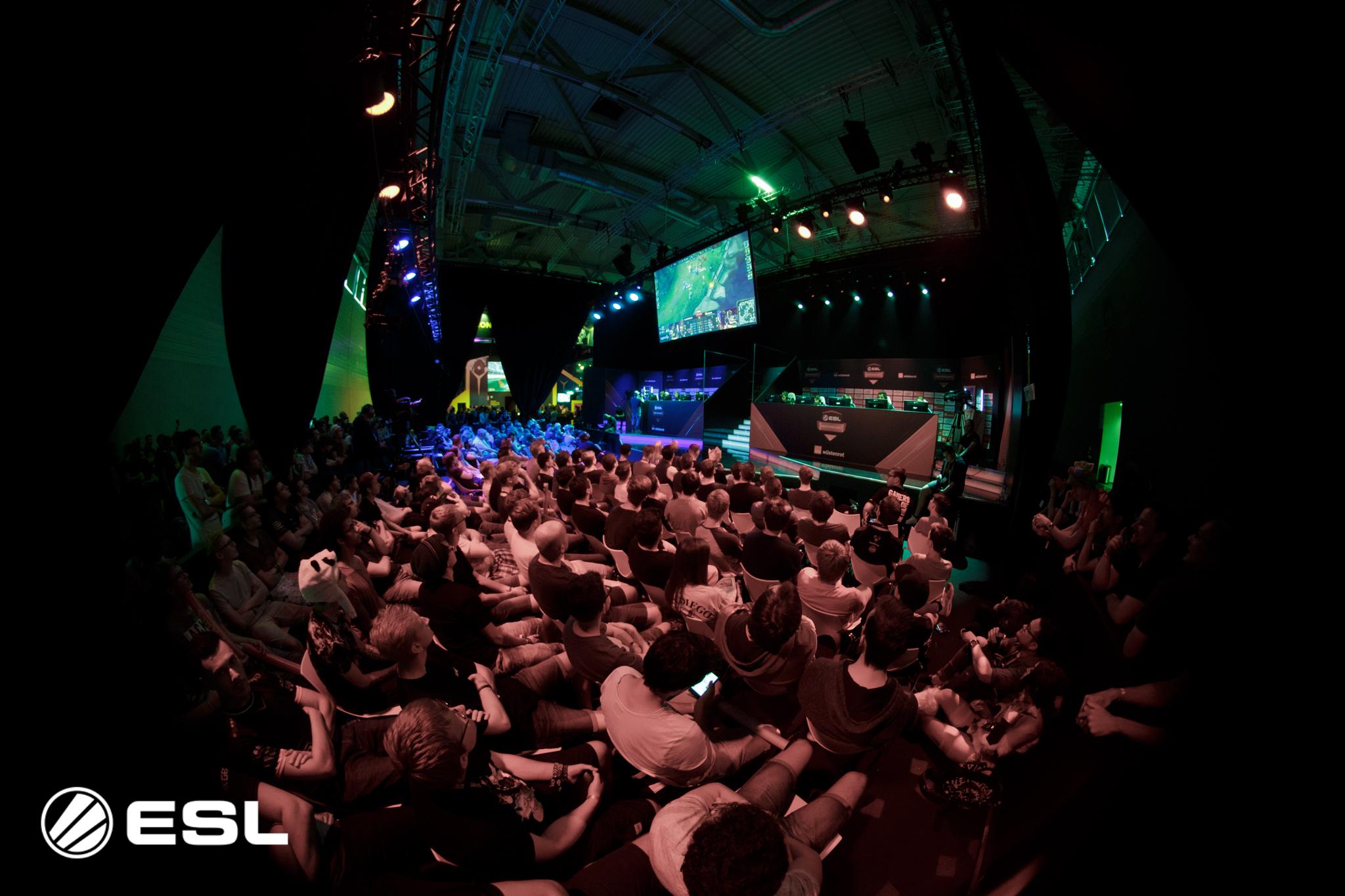 Die ESL Meisterschaft auf der gamescom: Finalspiele am laufenden Band!