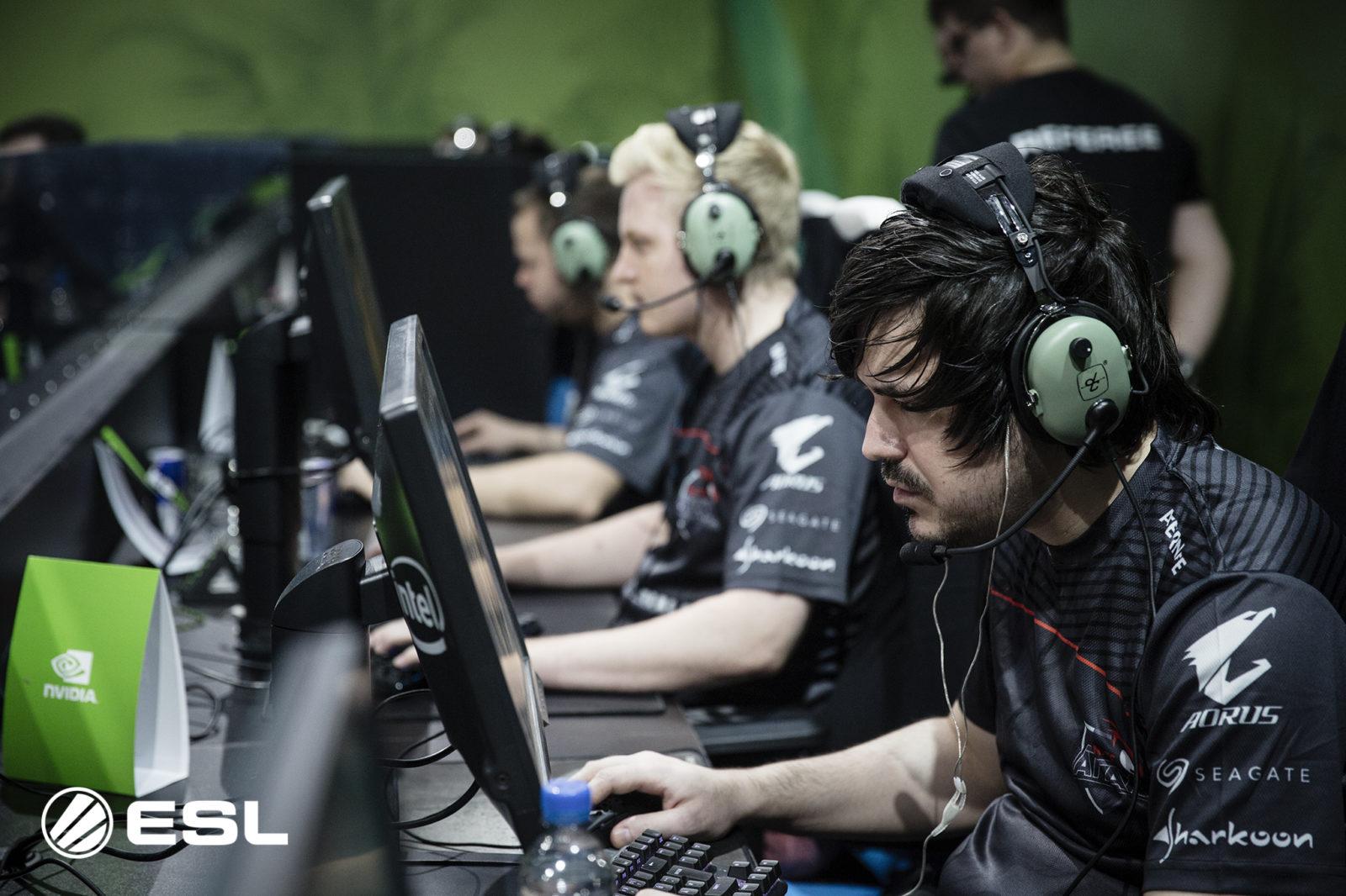 ALTERNATE aTTaX und Final Gaming dominieren die ersten Spieltag in PUBG